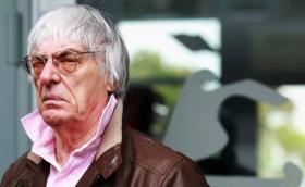 Бърни Екълстоун си купи болида на Сена за 4,2 млн. евро