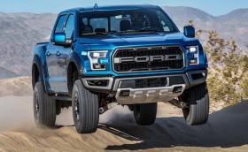 Ford смени амортисьорите на F-150 Raptor. Сега колата се… приземява много по-добре