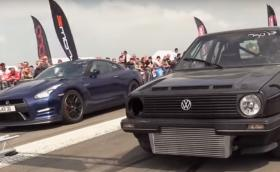 Golf II скача и хапе GT-R на драг. Видео