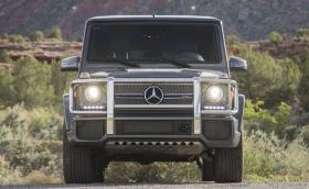 Mercedes привиква G65 в сервиза. Развивал прекалено висока скорост… На заден ход!