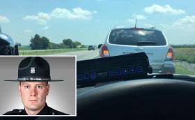 Полицай глоби жена, караща прекалено бавно в лявата лента на магистрала. Отзад се събрали 20 коли…