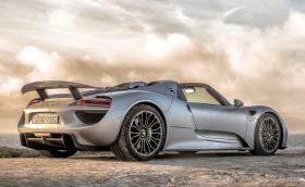 Porsche: това са седемте ни най-добри коли за първите 70 години