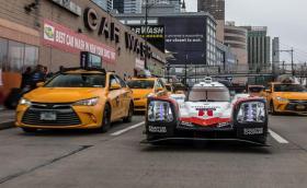 Някой пусна Porsche 919 по улиците на Ню Йорк. Галерия и видео!