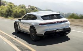 Porsche ще произвежда Taycan Cross Turismo
