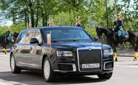 Вижте лимузината на Путин вече в движение