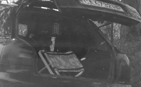 """""""Махленски номера"""" от родната полиция. Катаджии скриха камера в багажника на цивилен автомобил"""