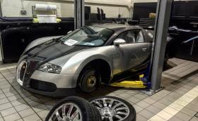 Резервните части и сервизът на Veyron струват цяло състояние: смяната на резервоара е 38 хил. евро