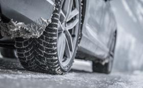 Притеснявате се да карате през зимата? – Съвети за шофиране за по-неопитните