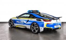 Полицейският i8 на Schnitzer е тук