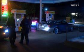 Пиян заспа зад волана на Tesla при 110 км/ч. Автопилотът и полицията спасяват живота му