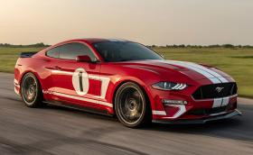 Този Ford Mustang с 808 коня е кола №10 000 за Hennessey Performance. Вдига сто за 3,5 сек и развива над 320 км/ч