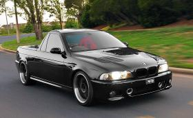 2003 BMW M5 пикап с 440 коня и готина боя 'Jet Black'