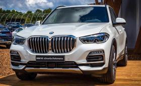 Видяхме новото BMW X5, два месеца преди световната му премиера. Колата е впечатляваща