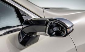 Lexus изпревари Audi със серийното въвеждане на камерите за задно виждане