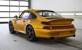 "Porsche произведоха чисто ново 911 Turbo S ""от 1998-ма"""