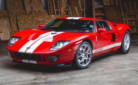 Този Ford GT е на 18 километра и се продава за минимум 280 хил. долара