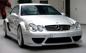 Този Mercedes-Benz CLK DTM AMG е на 14 години и се продава за 566 хил. лв.