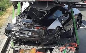 Катастрофира автовоз с чисто нови A90 Toyota Supra. Три са със сериозни щети