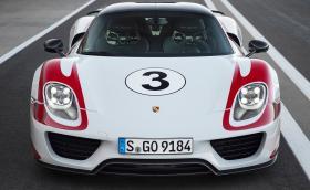 Porsche Топ 5: най-бързите шосейни коли на марката. Видео