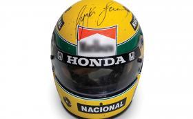 Продава се: каската на Аертон Сена от сезон 1988 с McLaren-Honda