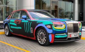 """Този Rolls-Royce Phantom е """"разкрасен"""" от уличен художник. Какво мислите?"""