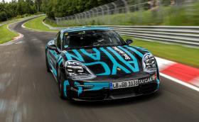 """Porsche Taycan постави рекорд на """"Нюрбургринг"""" - 7 мин. и 42 сек"""