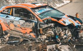 Зрелищна катастрофа за Ойт Танак на рали Монте Карло 2020. Toй и навигаторът са добре - вижте видео