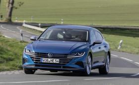 VW Arteon вече е плъгин хибрид с 59 км електрически пробег