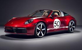 Porsche показа специална Targa 4S. Сред опциите откриваме ръчен часовник за 11 хил. евро