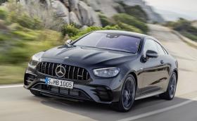 Mercedes представи обновените E53 във варианти купе и кабролет