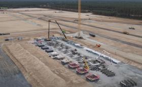 Ново видео показва напредъка по завода на Tesla край Берлин