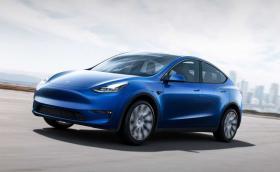 Model Y е първата кола, с която Tesla изпреварва графика