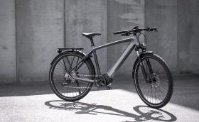 Triumph представи първото си електрическо колело