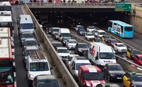 Барселона забрани стари коли да влизат в центъра на града