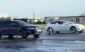 Брутален драг: Audi RS6 Avant скъса Tesla Model 3 Performance. Видео