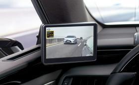Камери вместо огледала - вече и в Европа от Lexus