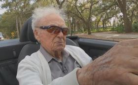 Мечтата осъществена: Да караш кола дори и на 107 години и да имаш по-младо гадже