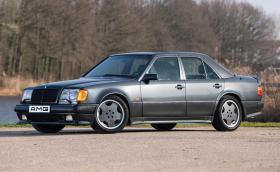 Страхотен Mercedes-Benz 500 E 6.0 AMG. Колко бихте платили за него?