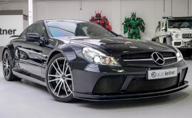 Този страхотен Mercedes-Benz SL 65 AMG Black Series е на 3 хил. км. Продава се за 550 хил. лв.