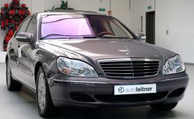 Този 2003 Mercedes-Benz S 500 L 4Matic се продава за около 40 хил. лв