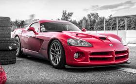 Dodge Viper: караме чудовището с 8,4-литров V10! Видео!