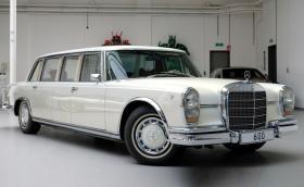 1975 Mercedes-Benz 600 Pullman с модификации от съвременен Maybach. Продава се за 4,2 млн. лв…
