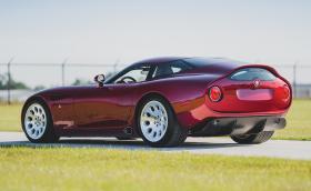 Тази Alfa Romeo TZ3 Stradale Zagato е Dodge Viper V10 с 600 коня и италианска карбонова опаковка