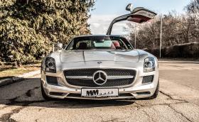 Караме Mercedes-Benz SLS AMG: неповторим, брутален. Видео!