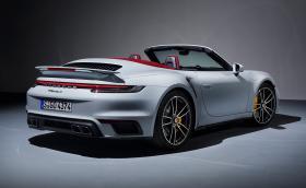 Новите Porsche 911 Turbo S: купе и кабрио с 650 коня и 2,7 сек за 0-100 км/ч