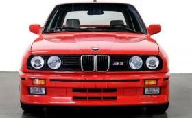 Продават BMW M3 (E30) бивша собственост на Пол Уокър. Състоянието е ново