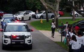 Повече от 100 коли Subaru на специален парад за тежко болен младеж. Респект!