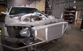 Горкото Camaro - получава битурбо дизел с 1000 к.с. Видео