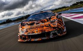Дебют за Lamborghini SCV12: V12 без турбо, аеродинамика на кола от GT3