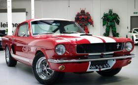 Прекрасен 1965 Ford Mustang Shelby GT350 за 67 500 евро. Бихте ли го взели?